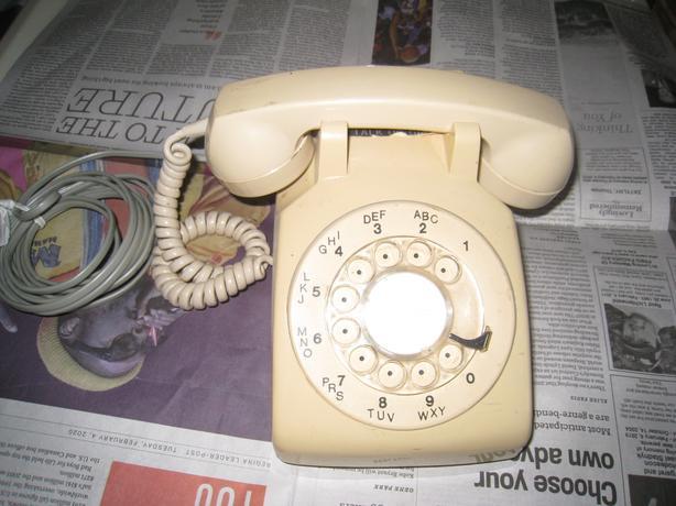 ROTARY DIAL TELEPHONE
