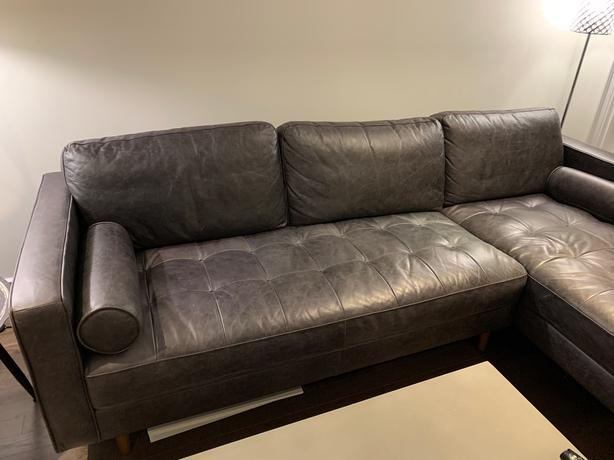 """Structube """"Kinsey"""" Leather Sectional (**Compare @ $2,300 new**)"""