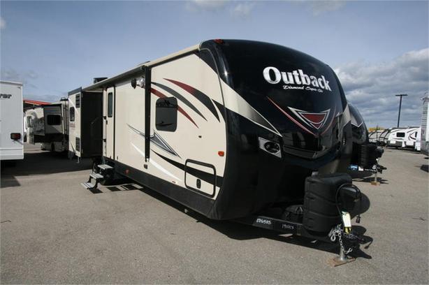 2017 Keystone RV OUTBACK 325BH