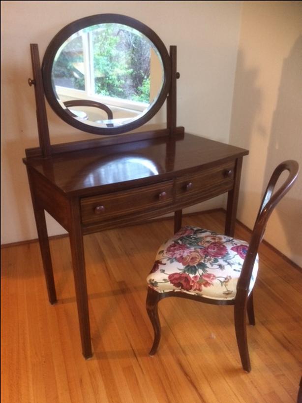 Edwardian Vanity plus Victorian chair
