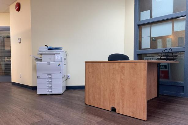 Fully Furnished/Equipped Shared Office Space - Available Now!