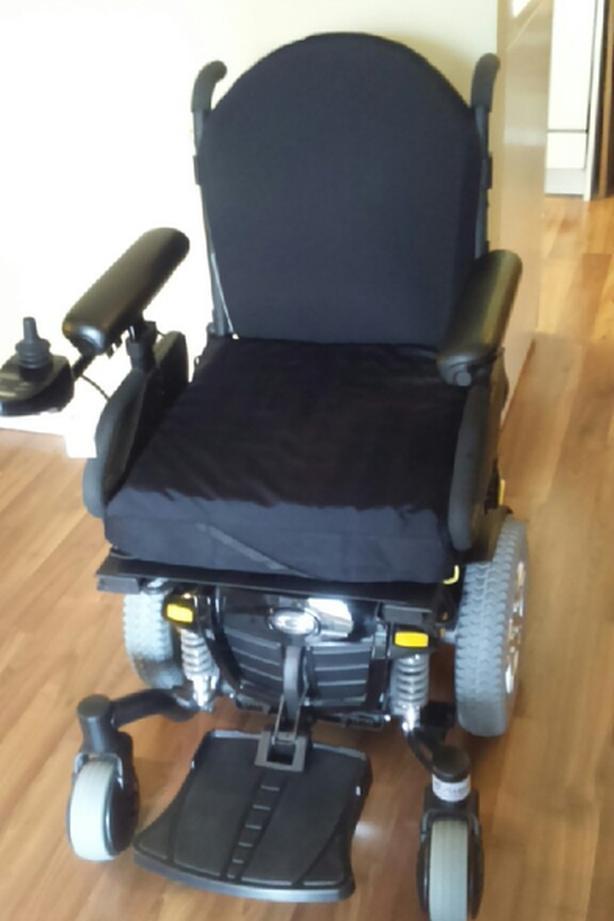 Quantum Edge Power Chair Brand New
