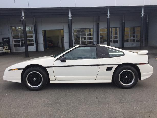 1988 Fiero GT w. factory T-top option