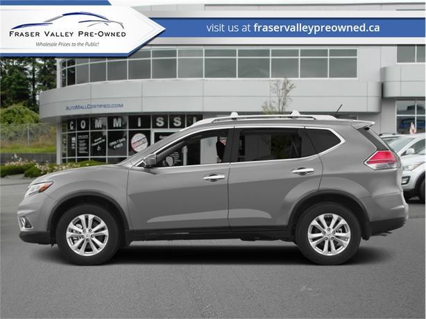 2015 Nissan Rogue SV  - $169 B/W