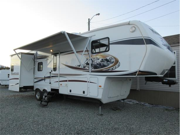 2013 Montana 3150SL