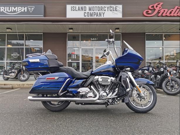 2015 Harley-Davidson® FLTRUSE CVO™ Road Glide® Ultra