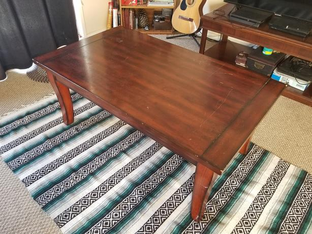 FREE: Coffee table