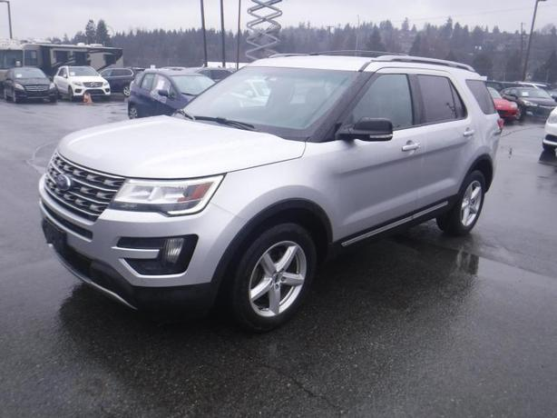 2016 Ford Explorer XLT 4WD With 3rd Row Seating