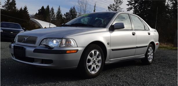 2001 Volvo S40 A 4dr Sdn