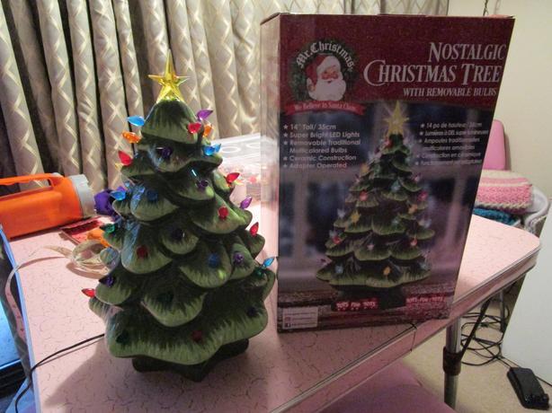 FOR-TRADE: ceramic christmas tree