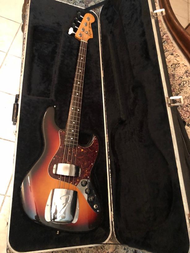 Jazz Bass Vintage jv fender squier