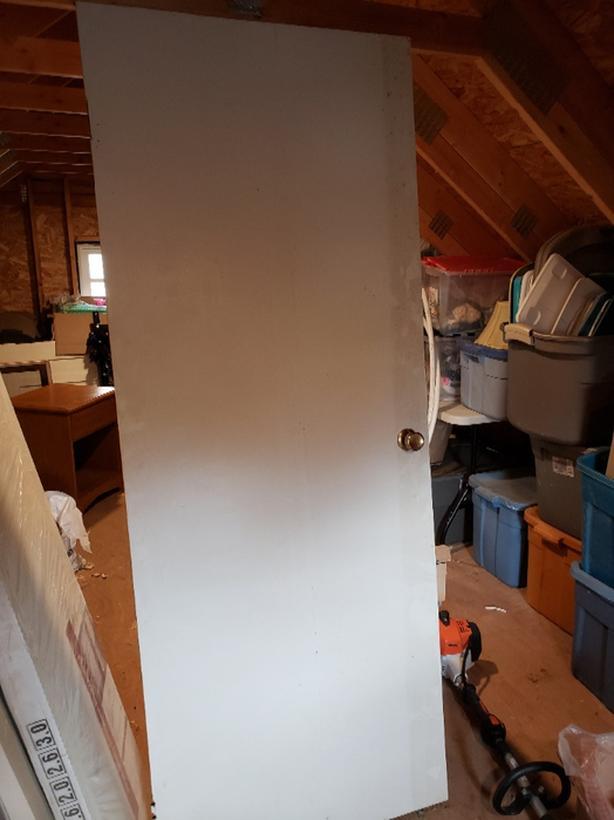 FREE: Flat panel door