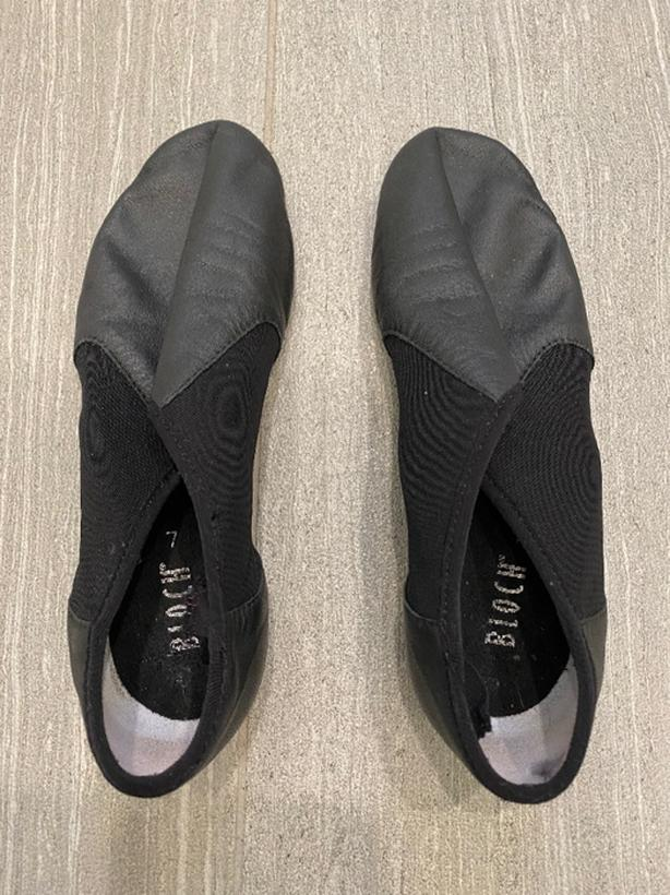 Bloch leather jazz shoes, size 7