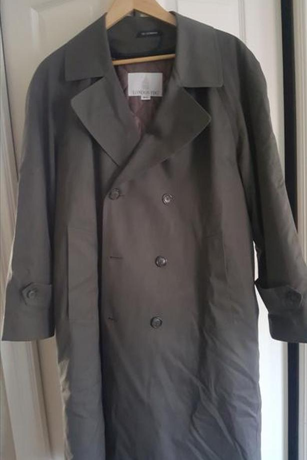 London Fog 2 in 1 trench coat size 38