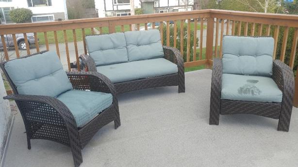 Patio set and table