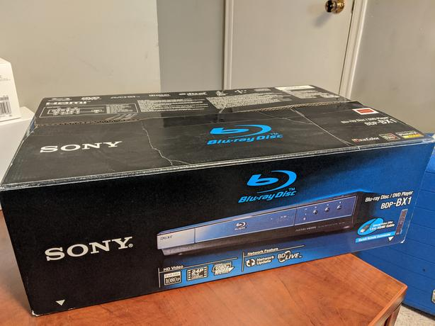 FREE: 2 x Sony BDP-BX1 Blu-ray Disc/DVD players (for parts)