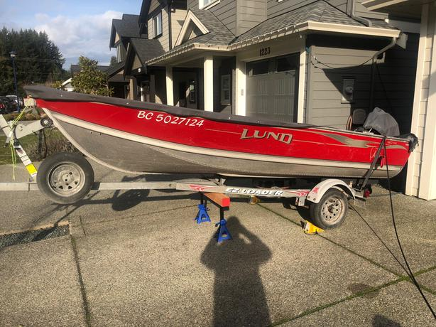 2003 WC-14 Lund Boat with 25HP Mercury with many extras