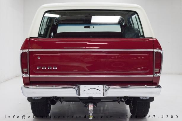 **Wanted** 78 - 79 Ford Bronco Tailgate