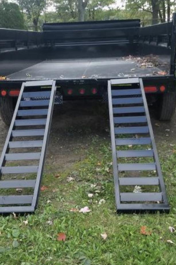 "2019 EZ Load 16'x83"" Dump trailer asking 6000"