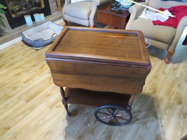 Tea cart Circa 1900
