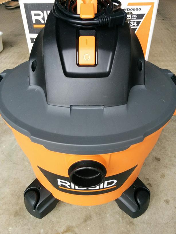 New RIGID wet/dry vac
