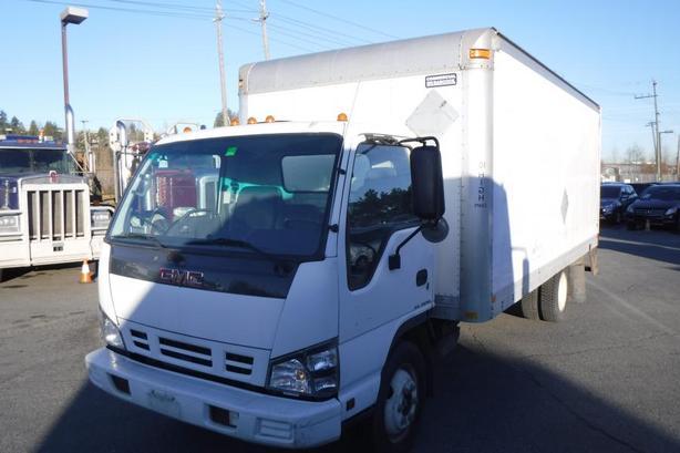 2007 GMC W5500HD 18 Foot Cube Van Diesel