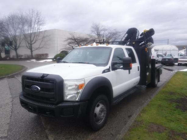 2013 Ford F-550 Crew Cab 5.5 Foot Flat Deck DRW 4WD with Crane