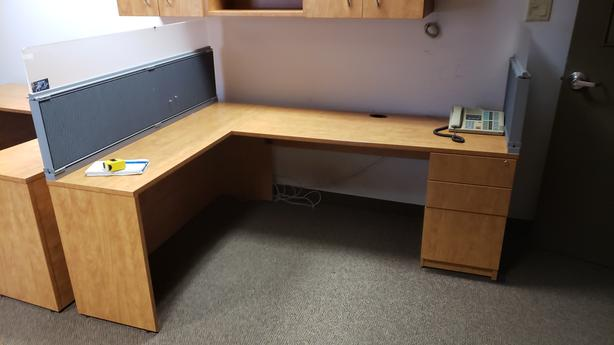 Maple L Desk with drawers - Made in Canada x 4