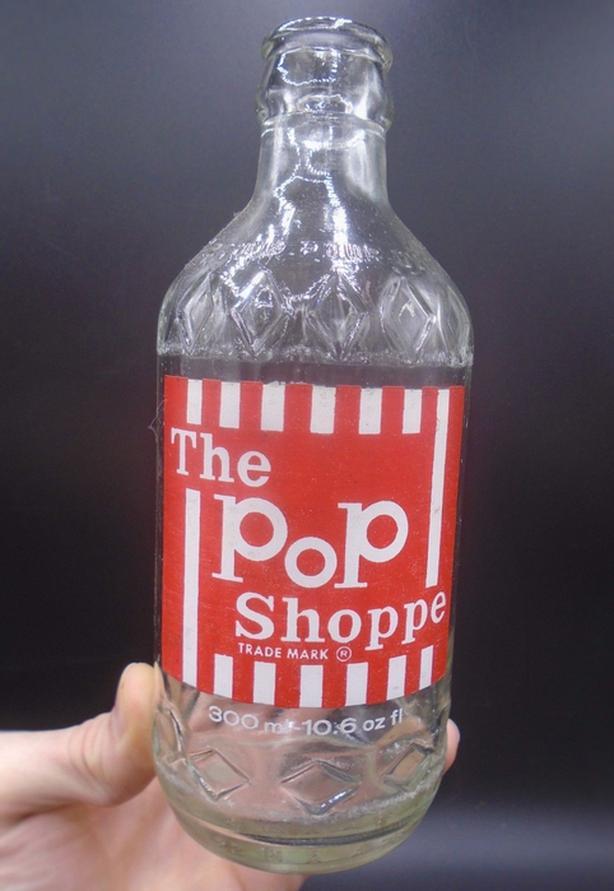 VINTAGE 1970's THE POP SHOPPE (10.6 OZ.) ACL SODA POP BOTTLE