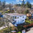 Half Duplex for Sale - 762 Lampson St