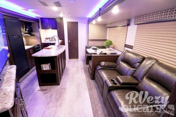 333 (Rent  RVs, Motorhomes, Trailers & Camper vans)