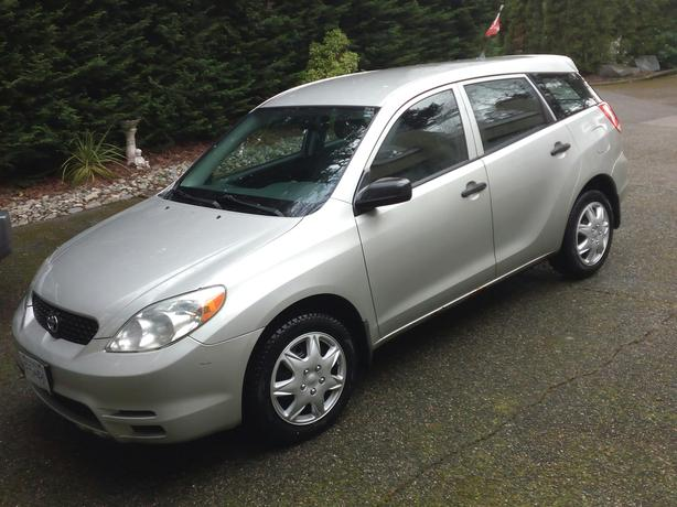 2003 Toyota Matrix 5 Speed Driven by Old Man!