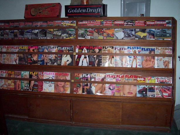 Very old magazine rack 50's
