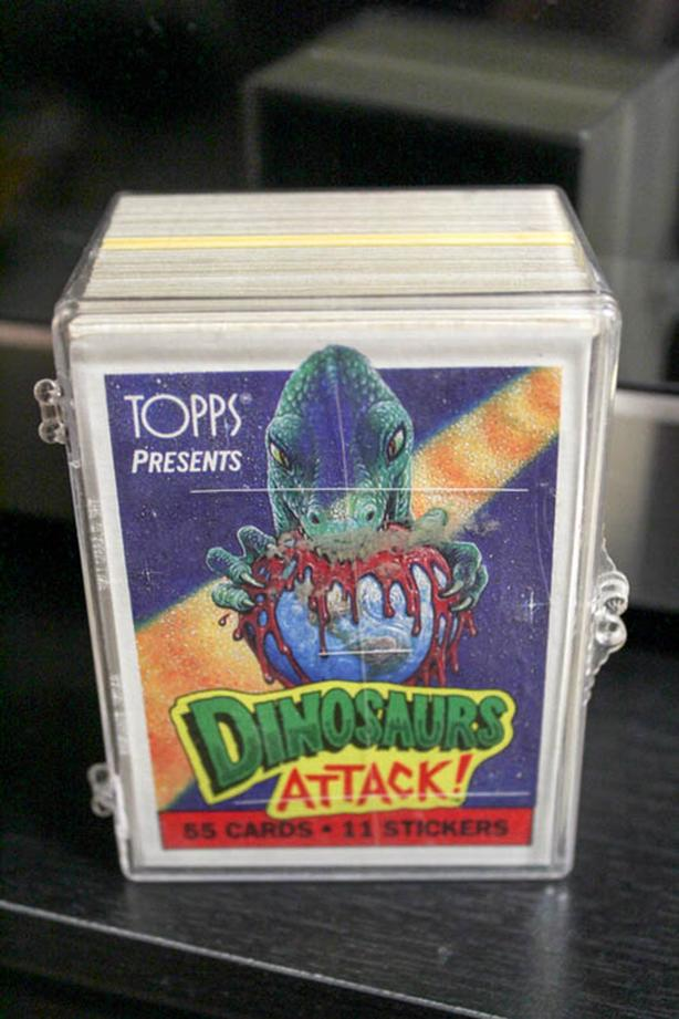 Collectible Cards: Dinosaurs Attack!
