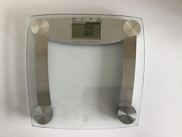 Weight Watchers glass digital scale