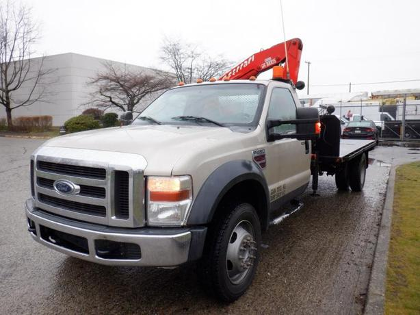 2008 Ford F-450 SD Regular Cab Flat Deck 8 foot 4WD Dually Diesel with F.lli Fer