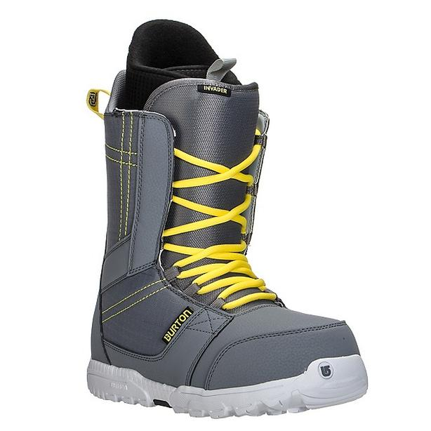 burton invader snowbaord boots - size 8