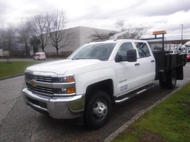 2015 Chevrolet Silverado 3500HD 9 Foot Flat Deck Crew Cab 2WD with Crane