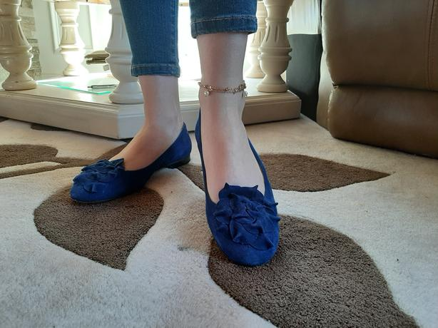 Manolo Blahnik Flats - Royal blue
