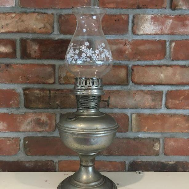 VINTAGE ALADDIN COAL-OIL LAMP WITH PYREX SHADE
