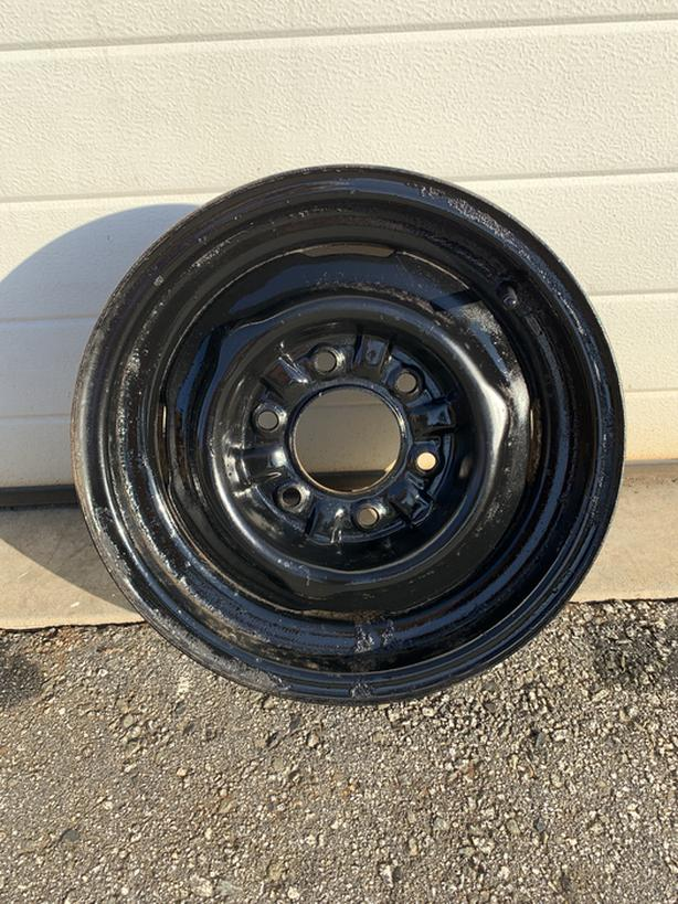 "Vintage Chevy GMC  Truck 15"" 6 bolt wheel"