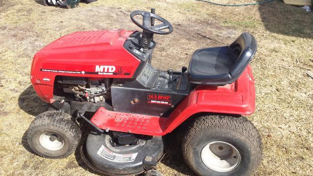 MTD 14.5/42 Lawn Tractor