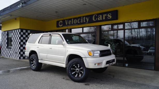 2000 Toyota Hilux Surf (4RUNNER) 4WD SSR-X Premium LIFTED AT 139K
