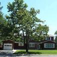 HOUSE - 6-BEDRMS - 3 BATHS - OTTAWA HOSPITAL - IMMEDIATE