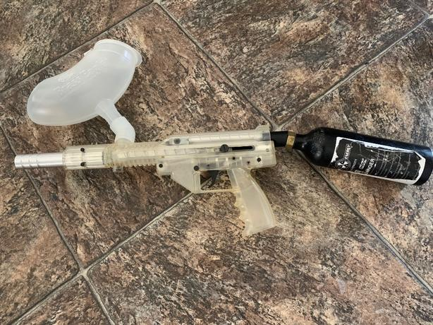 Stingray Brass Eagle Paintball Gun