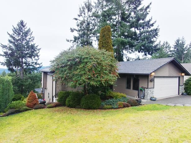 1 BR above ground lower suite for rent in the Properties area of Duncan
