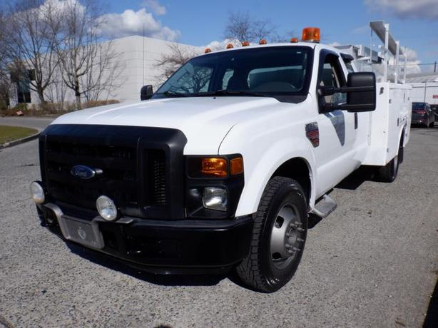 2008 Ford F-350 SD SuperCab Service Truck  Dually Diesel  2WD With Power Tail Ga
