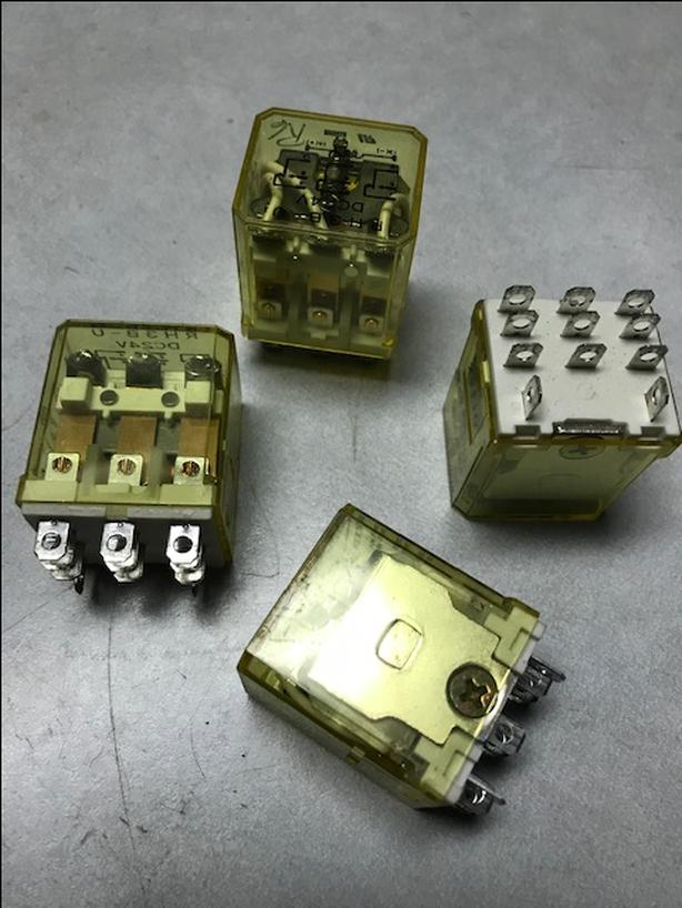 RH3B-U 24V - Power Relay  **ONE LOT 10 UNITS**