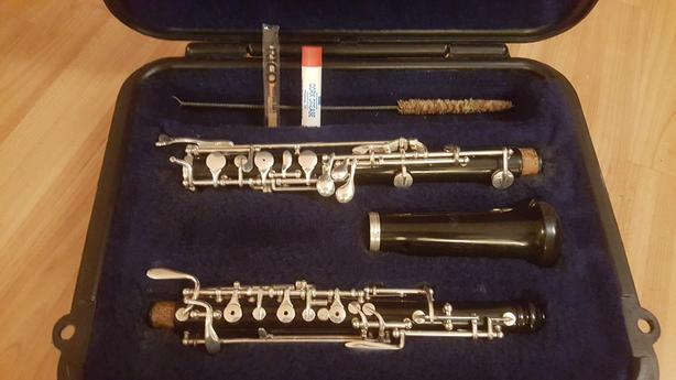 Serviced, excellent condition Selmer student oboe