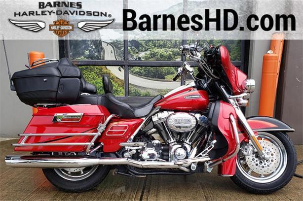 2007 Harley-Davidson® FLHTCUSE2 - CVO Electra Glide Ultra Classic
